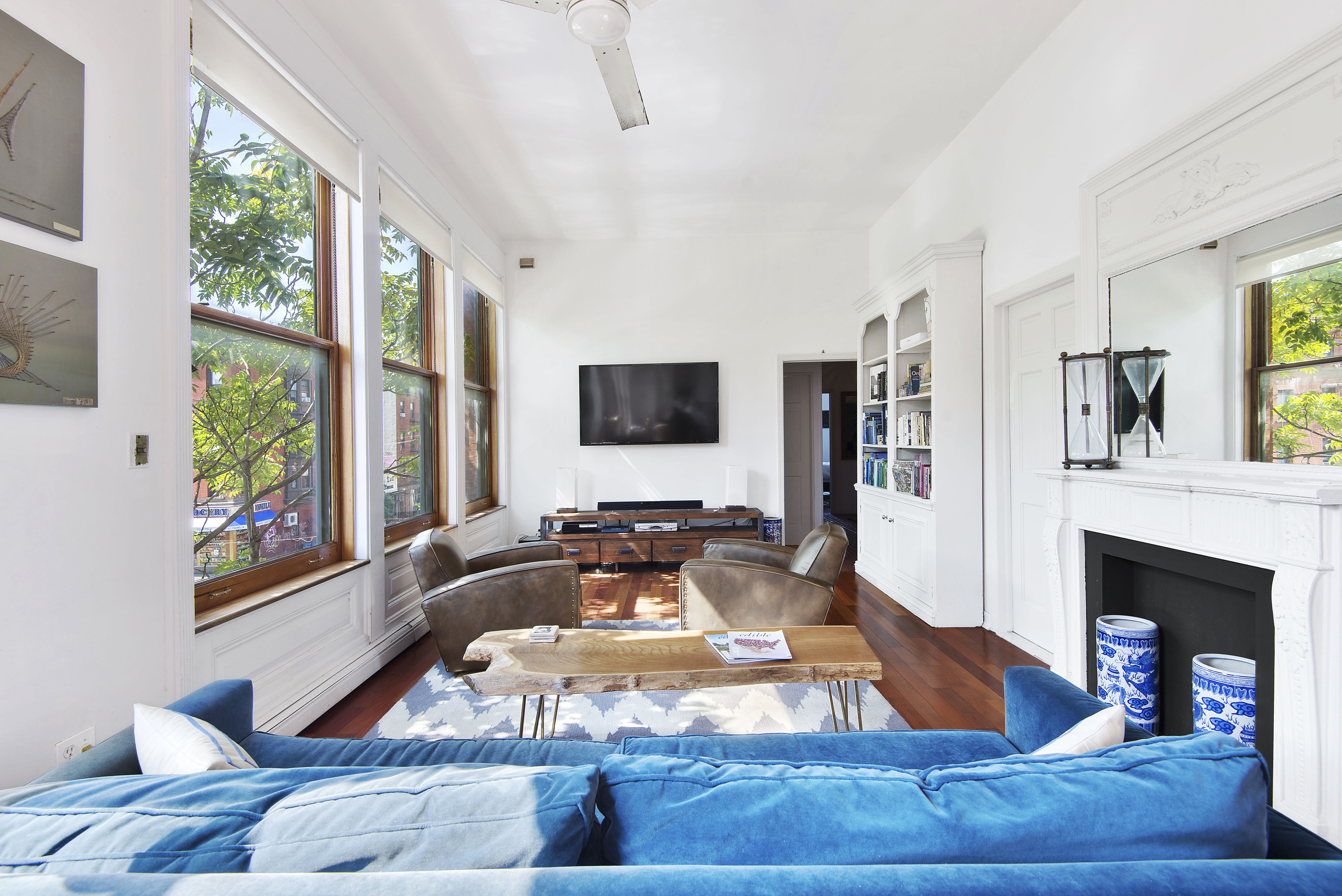 Featured: A Bachelor Pad Grows in Brooklyn   The Havenly Blog