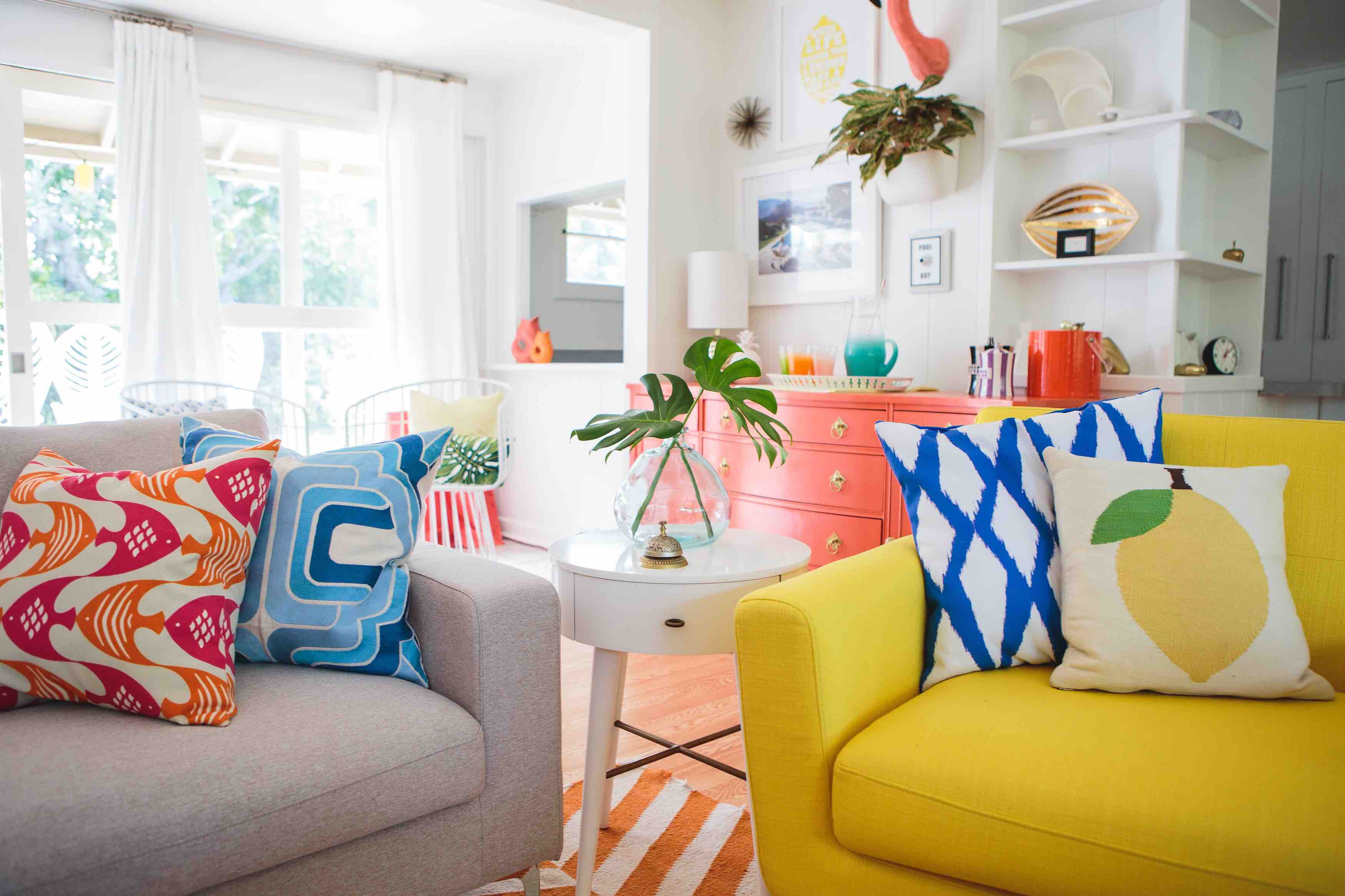 Get Your Style On With This Shoppable Mid Century Modern Living Room Look