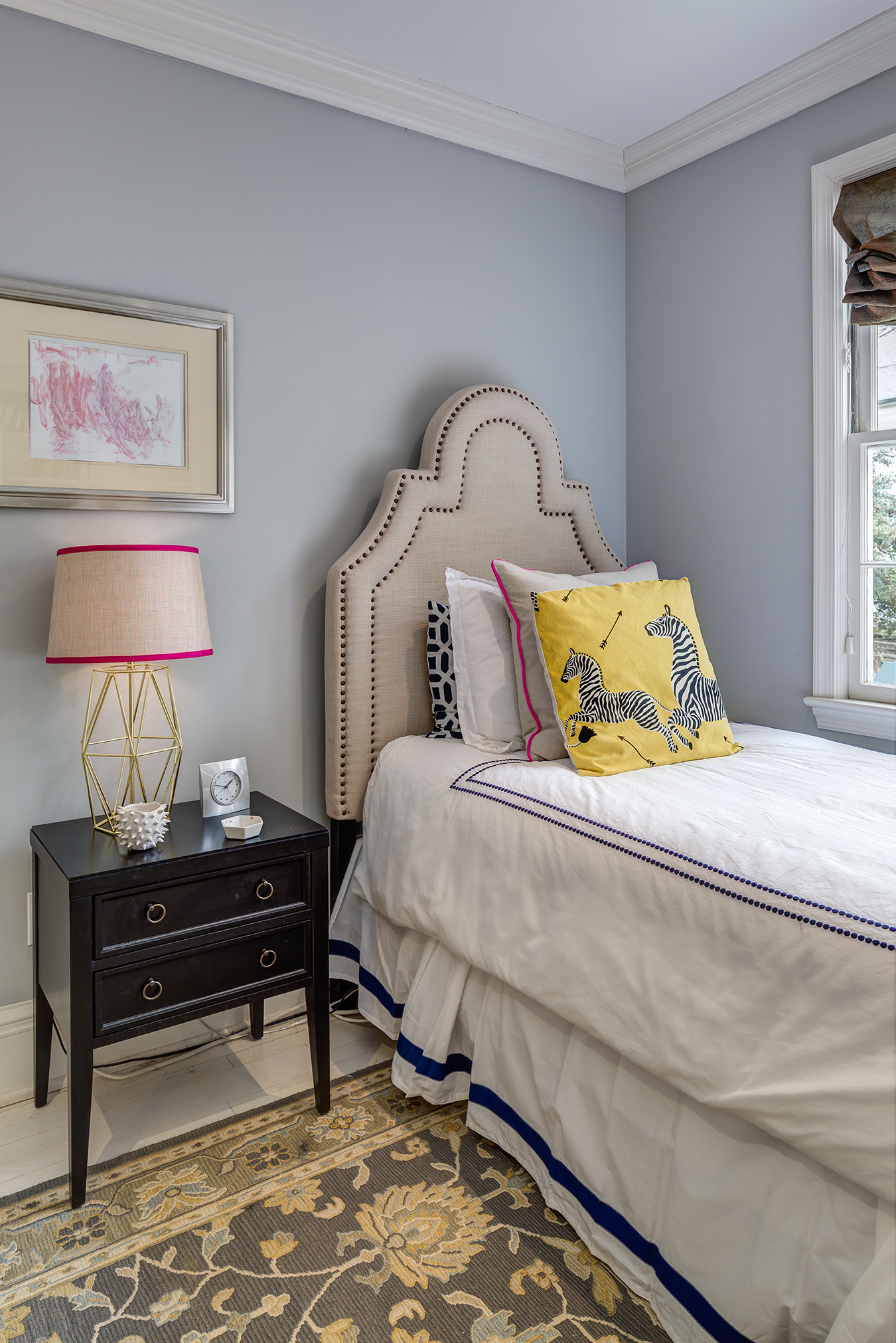 An Au Pair S Chic Bedroom Accommodations Havenly