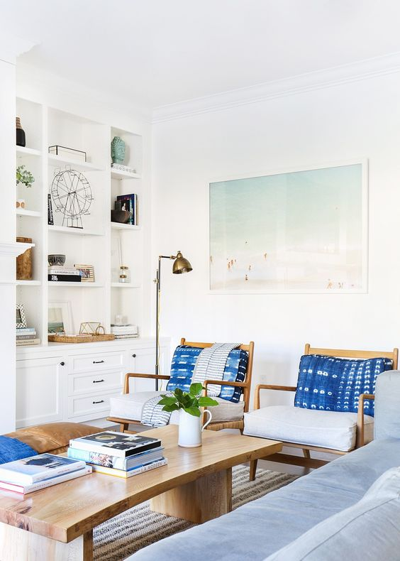East Coast Vs. West Coast. The Coastal Decor Battle.