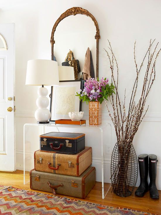 Avoiding the cliche style trap in your foyer