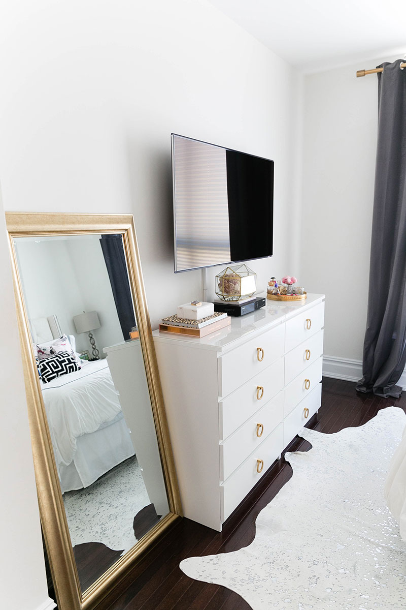 7 deadly sins of dorm room decorating havenly for Room decor union city