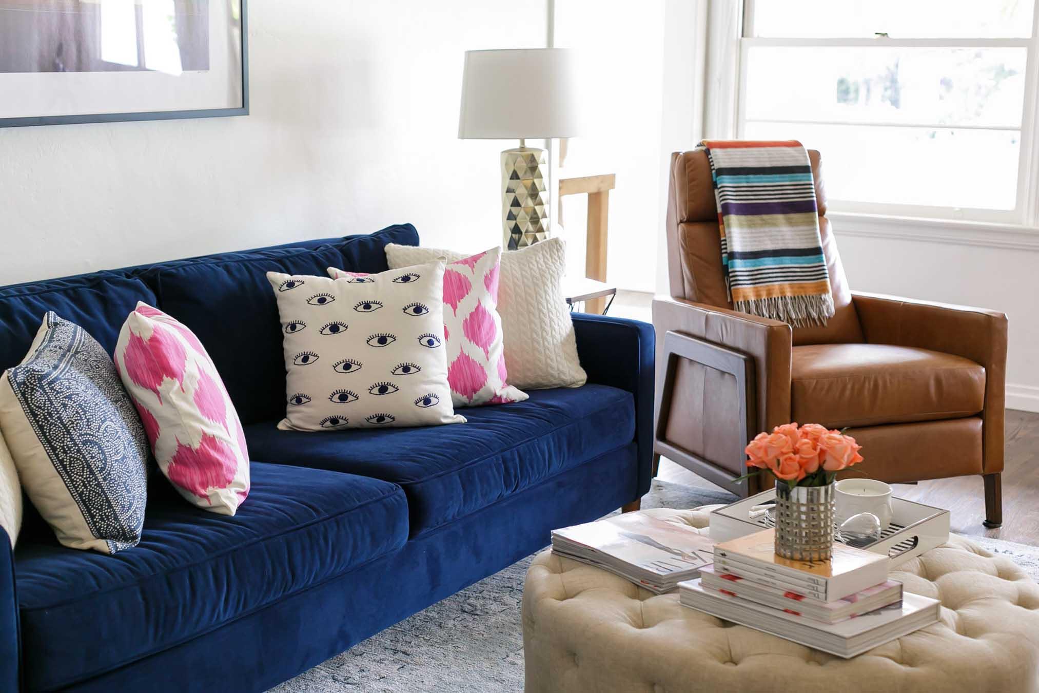 Design story a living room blend of glam classic - Sofa azul turquesa ...