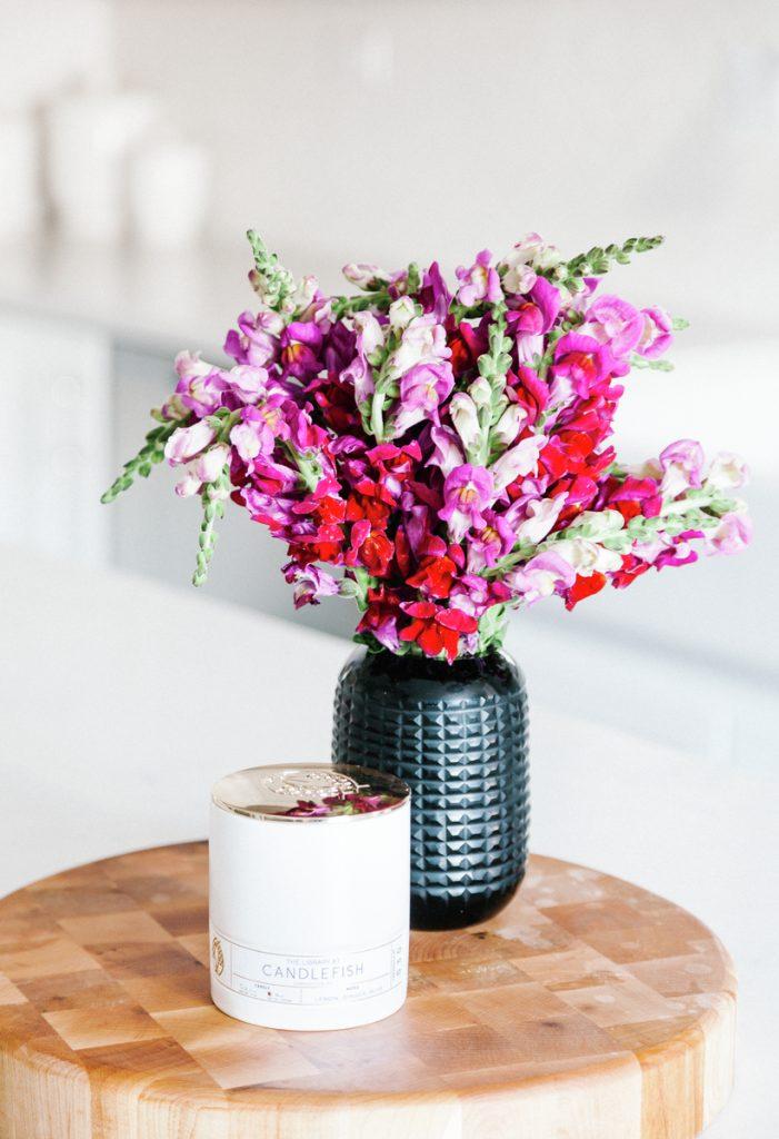 kitchen countertop flowers