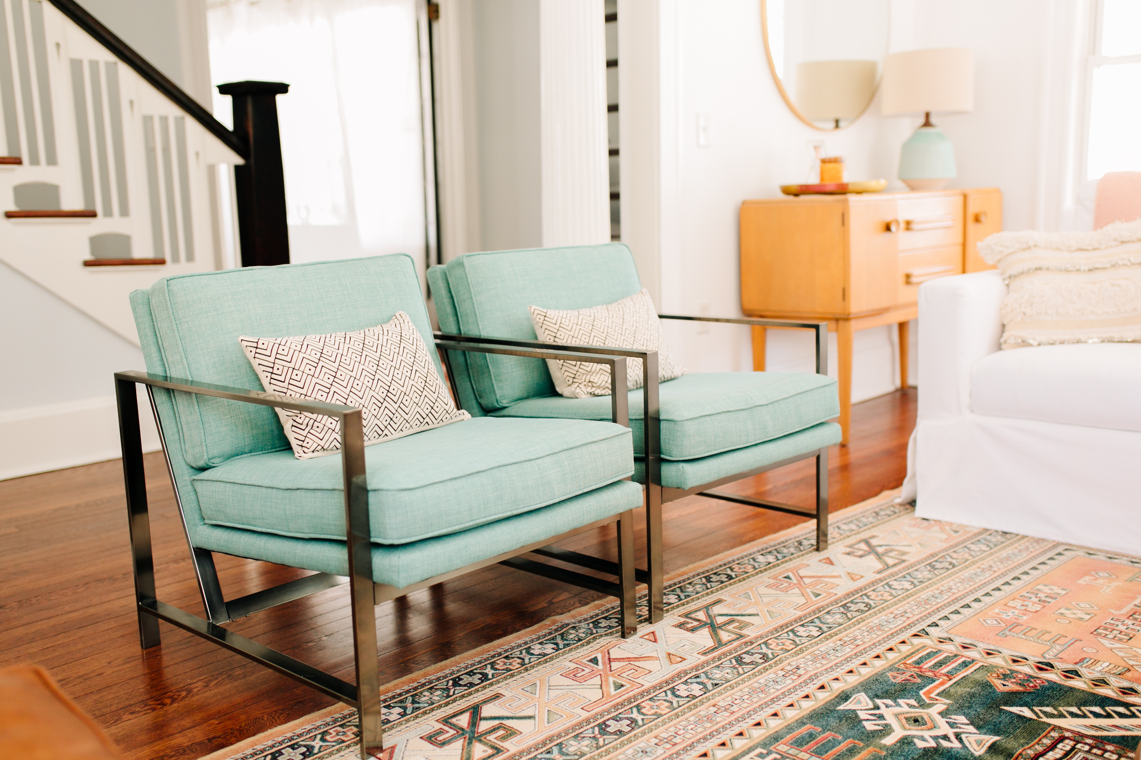 Decorating A New Home Can Be Daunting You Ve Just Packed Up All Your Belongings Lugged Your Existing Furniture Across Town Or The Country And Suddenly