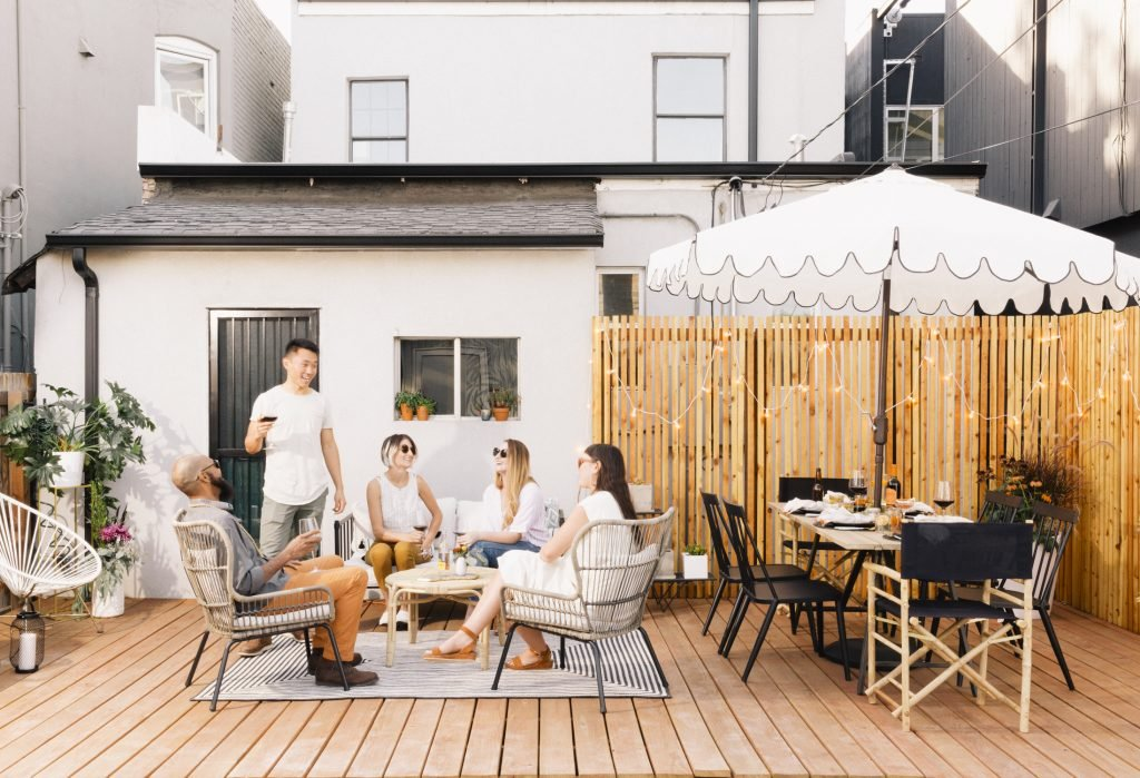 Harvest Moon Party: Celebrating the End of Summer in Style
