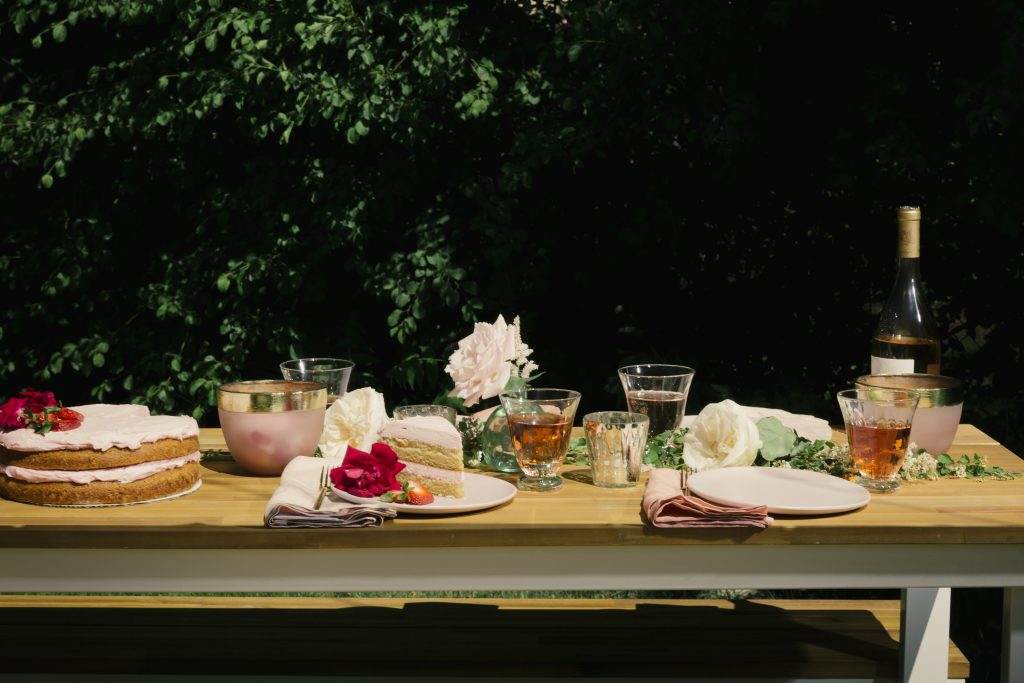 How to Celebrate Rosé Day