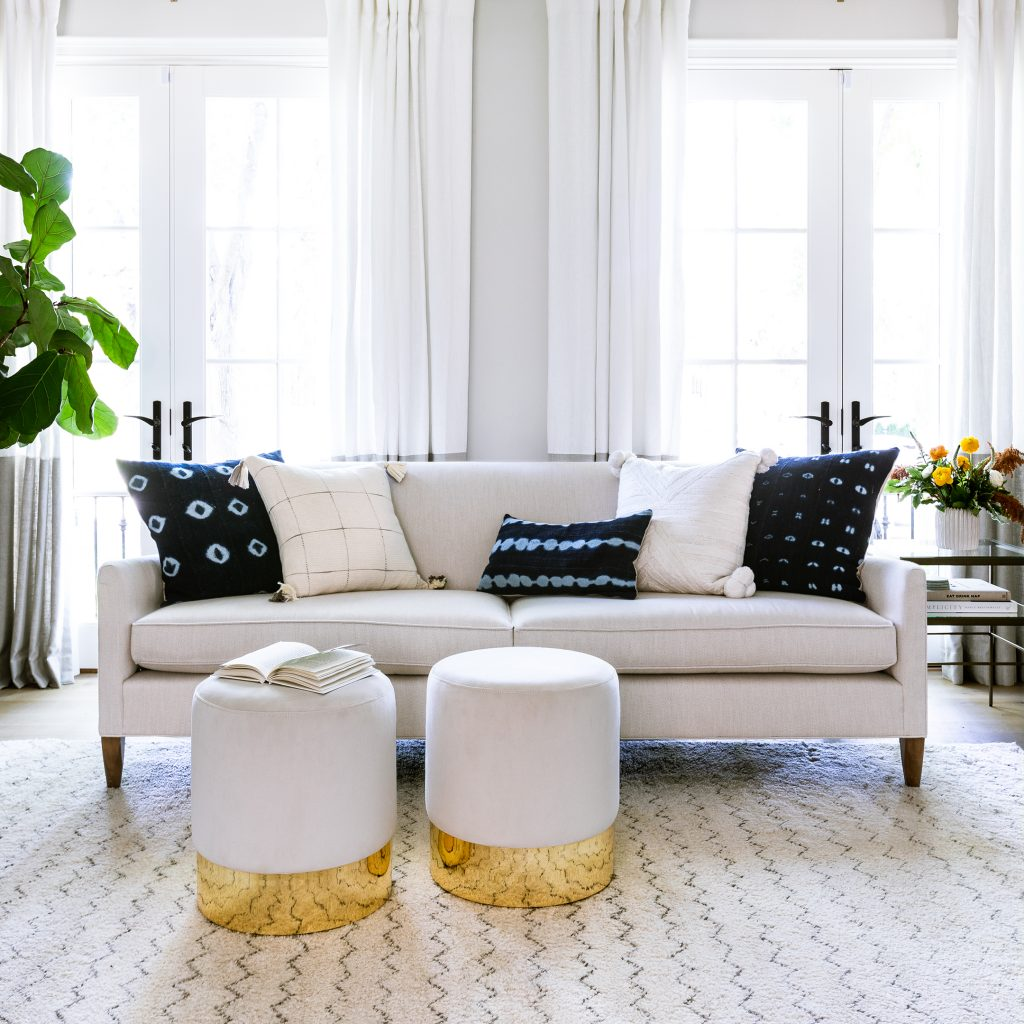 How to Decorate for Your Style with Pillows