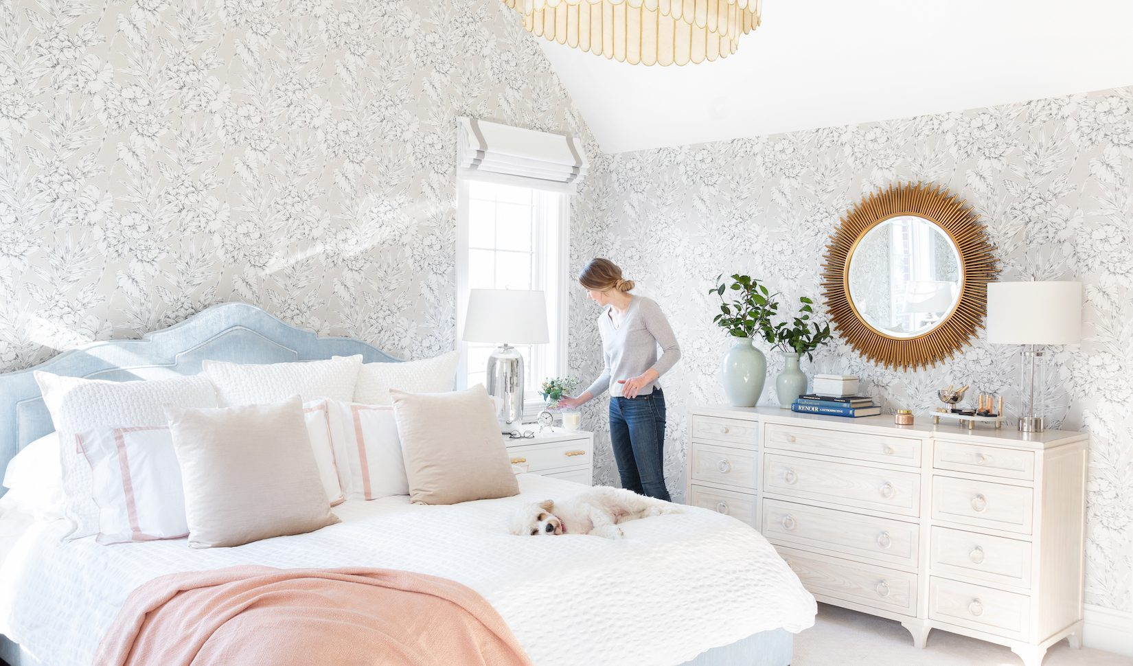 How to Use (and Remove) Peel and Stick Wallpaper | Havenly ...