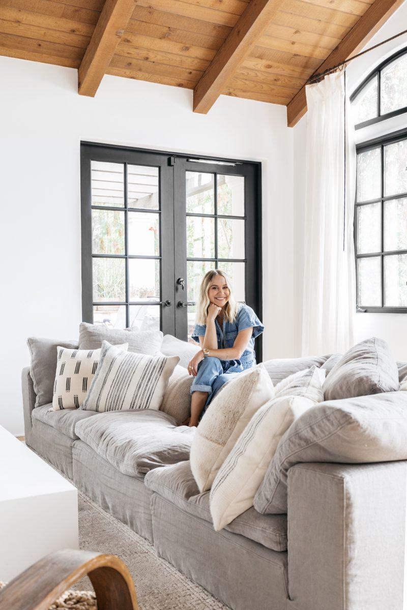 Beccas sofa