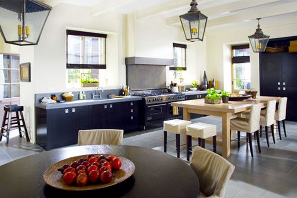 The Holiday Modern Kitchen
