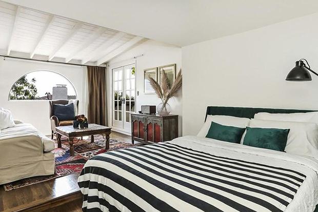 Dan Levy Bedroom