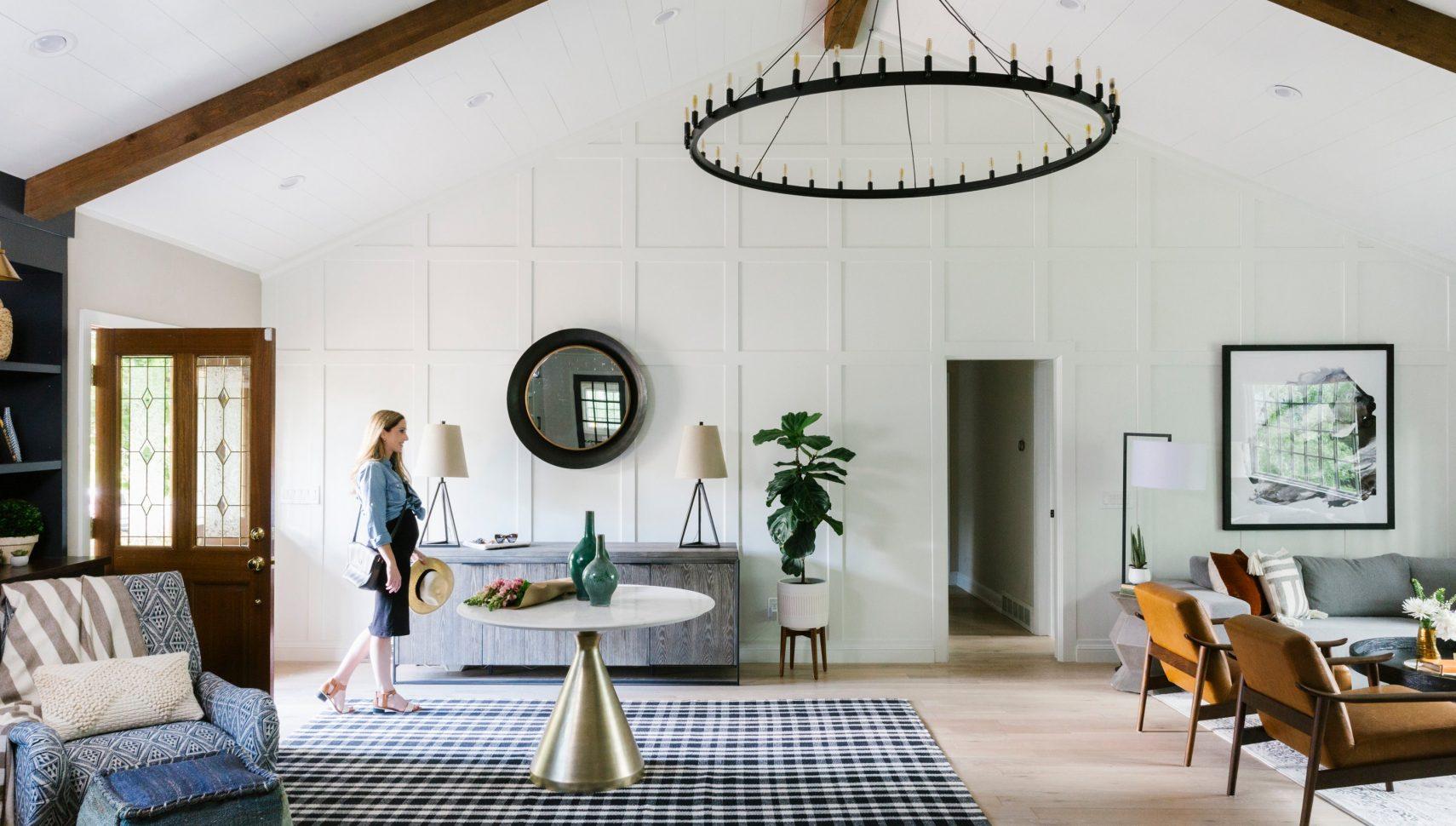 modern farmhouse with open floor plan.