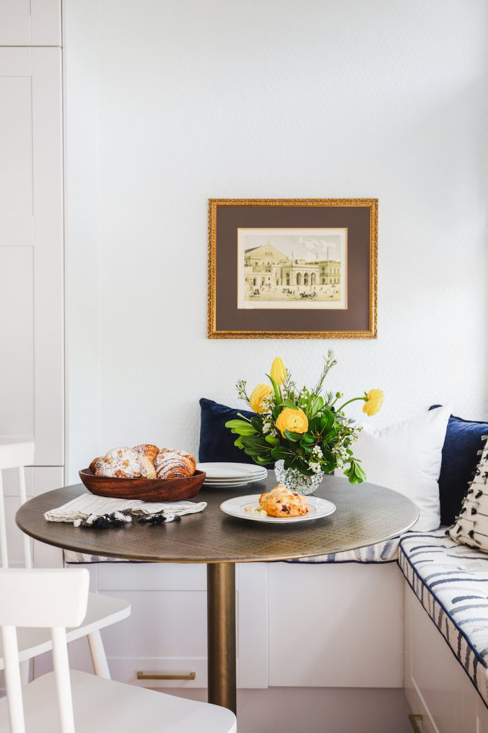 How to Create a Relaxed Easter Tablescape