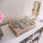 blush pink bedroom design - jewelry box and roses